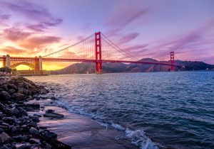 dusk-over-the-golden-gate-in-san-francisco-california